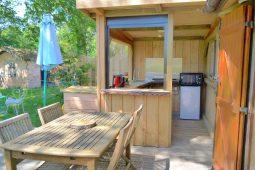 Natural lodge terrasse et cuisine extérieure